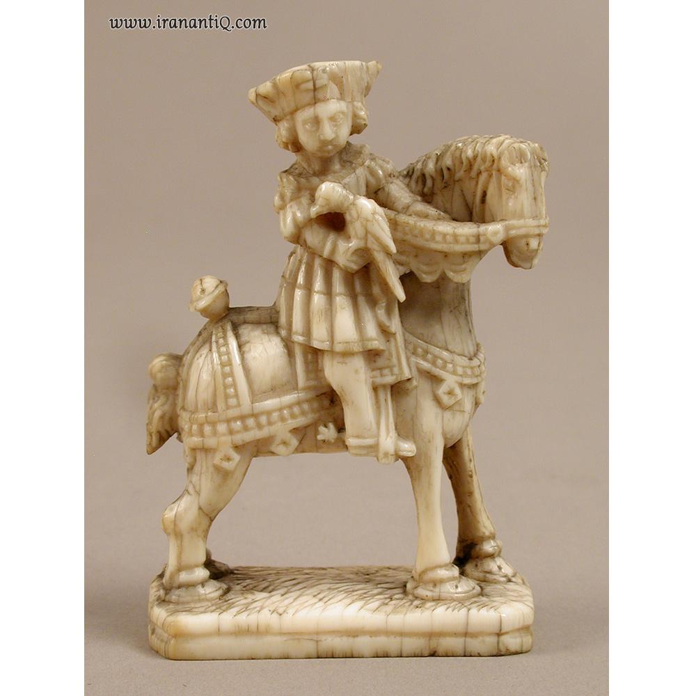 مهره شطرنج ، از جنس عاج فیل ، هلند ، 1500 میلادی