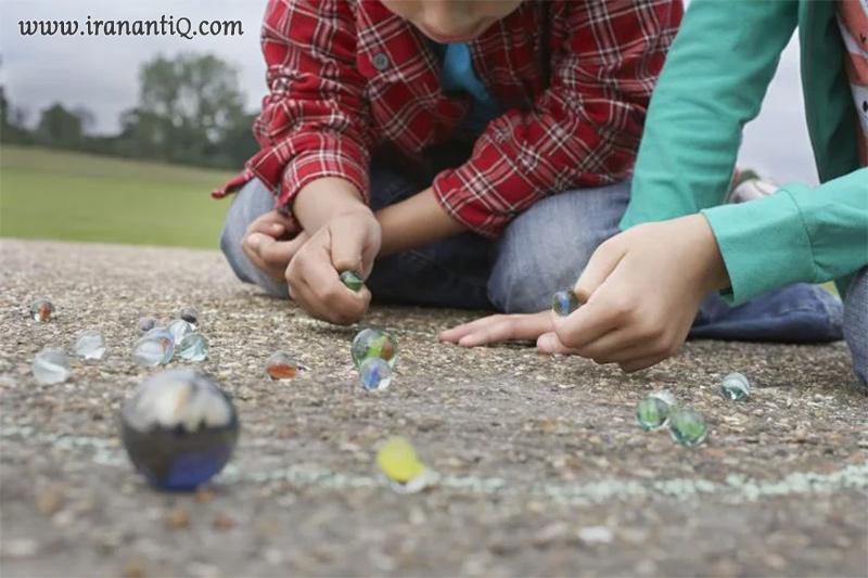 تیله بازی کودکان