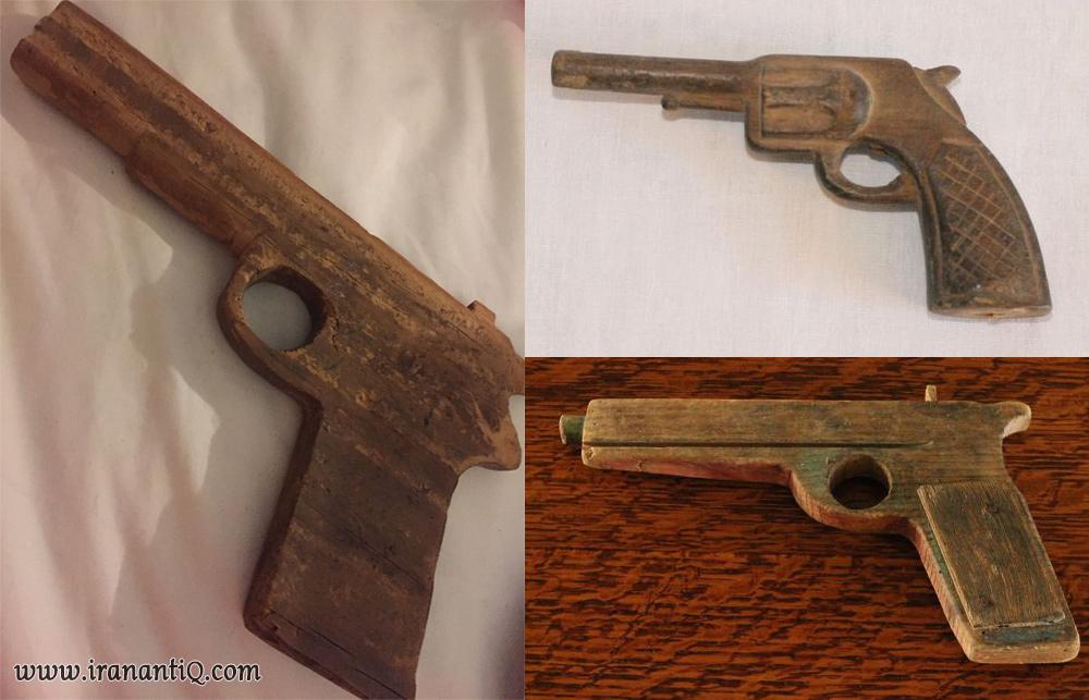 چند نمونه از تفنگ های چوبی که در گذشته برای بازی کودکان ساخته می شد