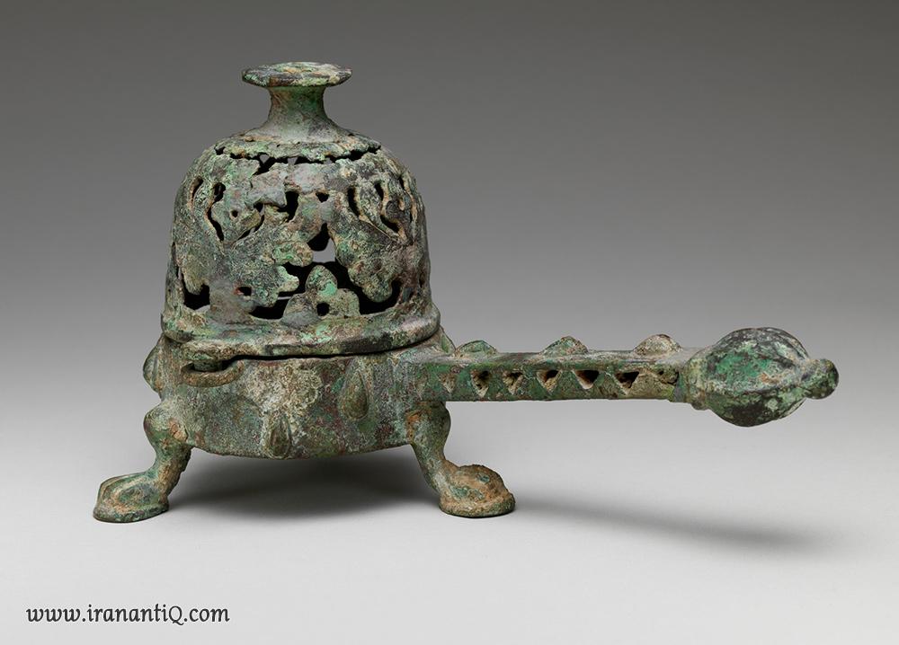 عودسوز برنزی ، قرن 9-8 میلادی ، ایران ، مربوط به دوره سامانیان ، محل نگهداری : موزه متروپولیتن