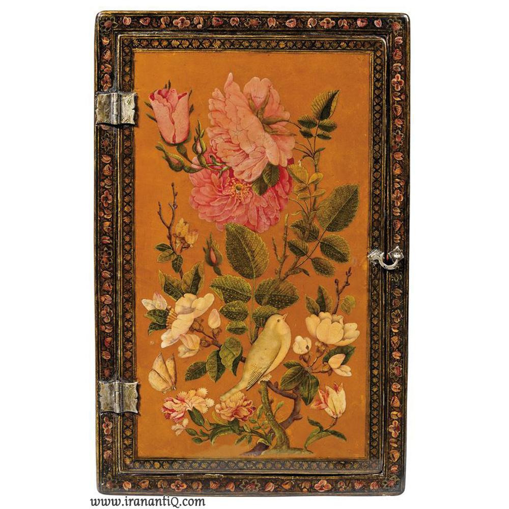 قاب آینه با نقش گل و مرغ ، مربوط به دوره قاجار