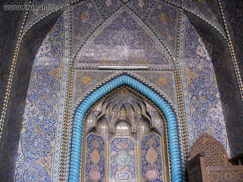 کاشی کاری فیروزه ای ، مهراب جنوبی مسجد سید ، اصفهان