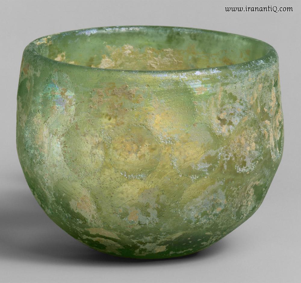 کاسه ای شیشه ای مربوط به دوره ساسانیان ، محل نگهداری : موزه متروپولیتن