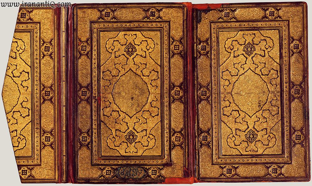 جلد کتاب منطق الطیر عطار ، جلد ضربی ، طلاگاری شده ، مربوط به 1600 کیلادی ، محل نگهداری : موزه متروپولیتن