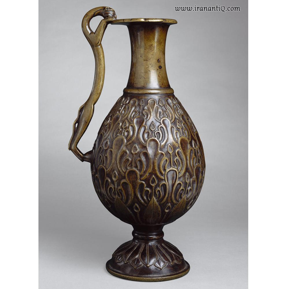 تنگ برنزی ، ایران ، مربوط به قرن 7 میلادی ، محل نگهداری : موزه متروپولیتن