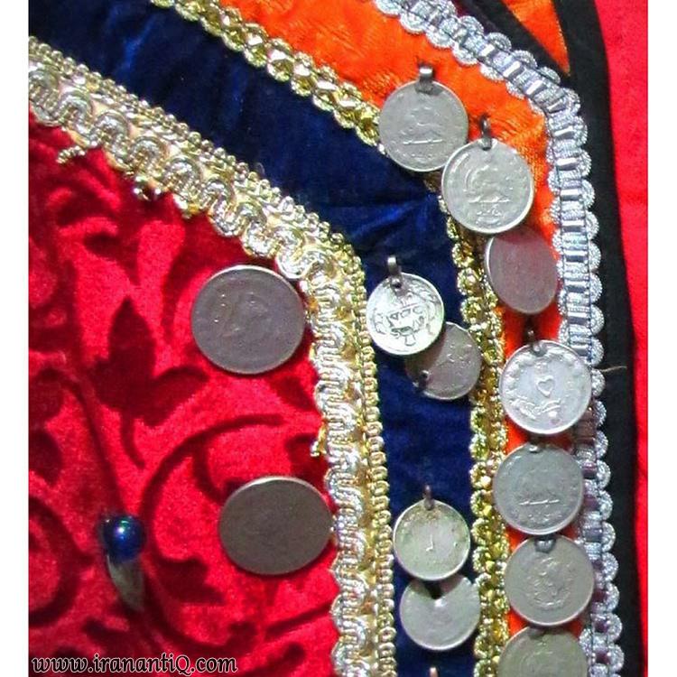 سکه دوزی بر لباس محلی