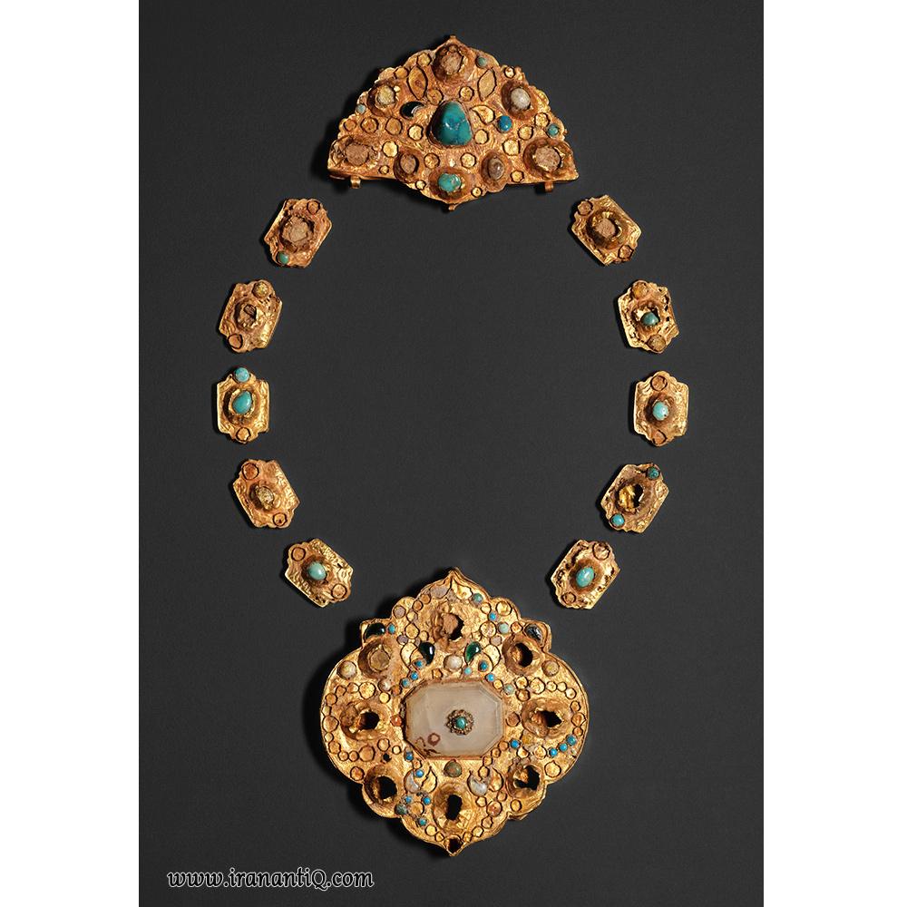 گردنبد طلا ، مربوط به دوره ایلخانی