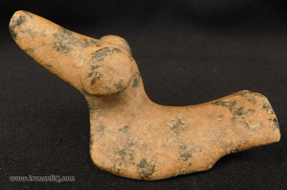 مجسمه سنگی  مربوط به دو هزار سال پیش