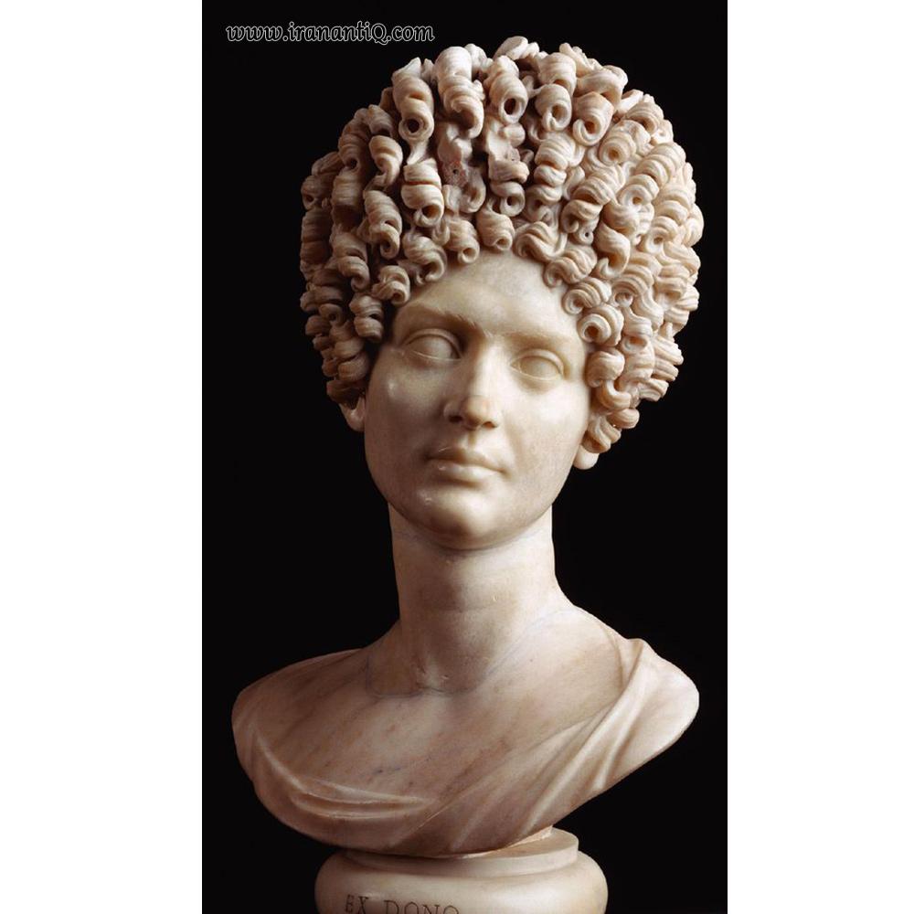 چهره یک بانو - مرمر - به اندازه طبیعی - موزه کاپیتولینه ، روم