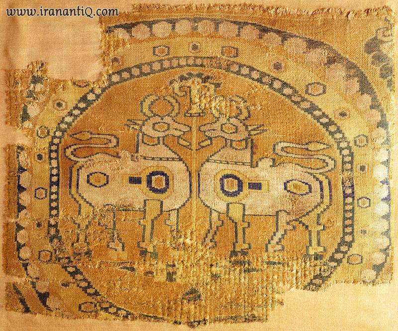 پارچه زری بافی قرن 8 و 9 میلادی متاثر از هنر ساسانی sassanid brocade 8-9th century