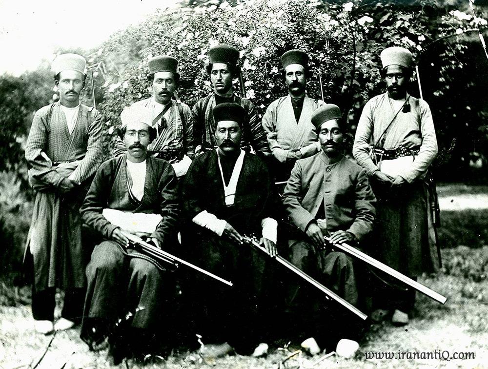 اسمائیل خان سردار قشقایی و همراهانش