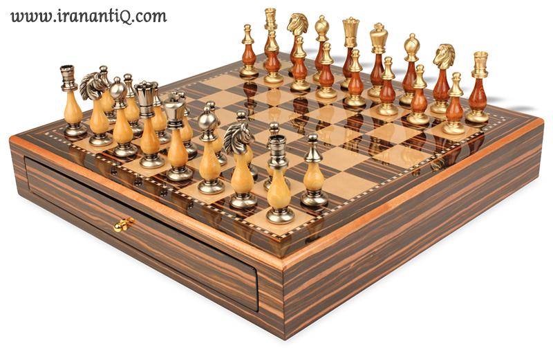 ساخت شطرنج با هنر نازک کاری چوب