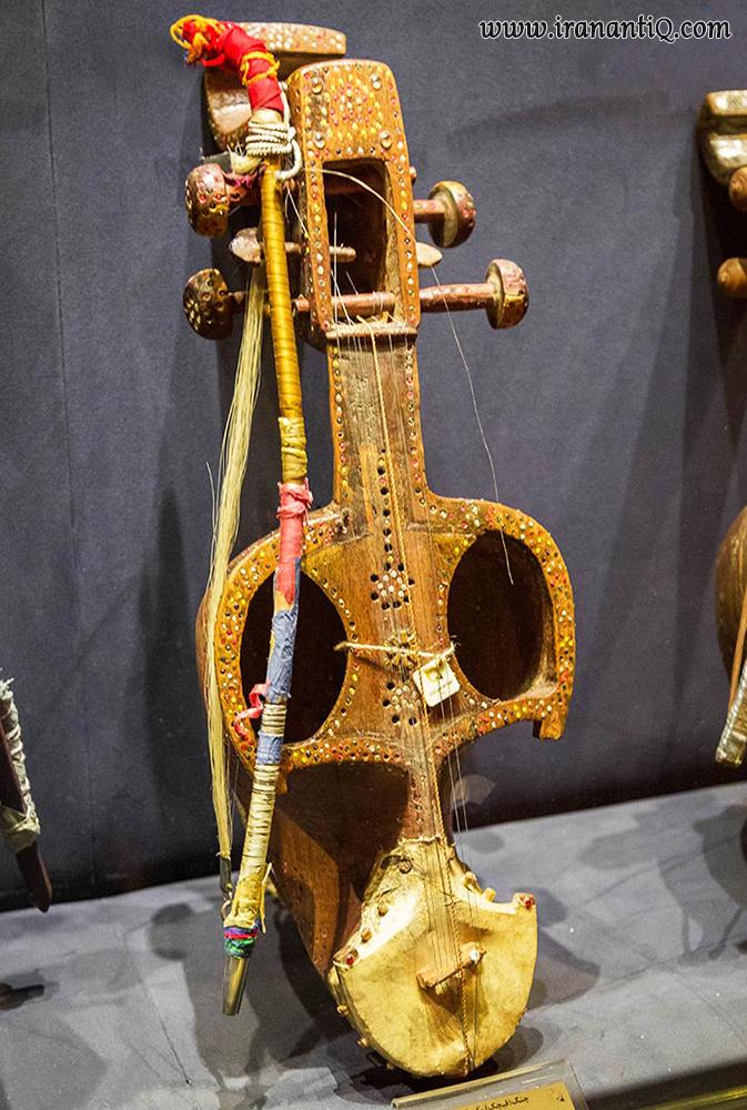 ساز قیچک ، محل نگهداری : موزه موسیقی ایران