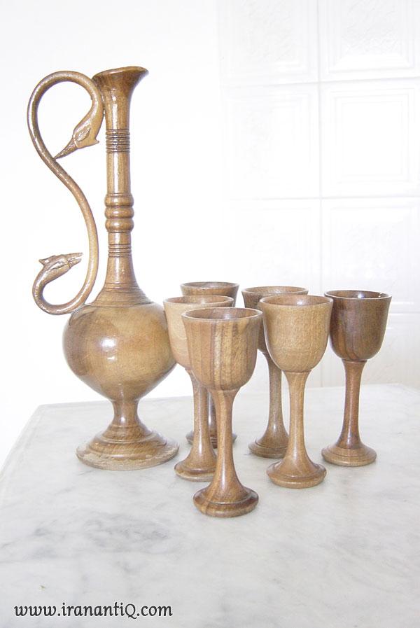 ظروف تولید شده با هنر خراطی